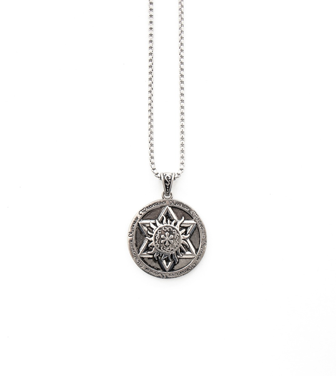 collier homme medaille