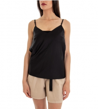 Outfit Donna Completo Top Tinta Unita Nero Shorts Beige Caramella  GIOSAL