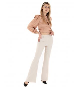 Outfit Donna Camicia Crop Scollata Pantalone Beige Eiki Casual GIOSAL